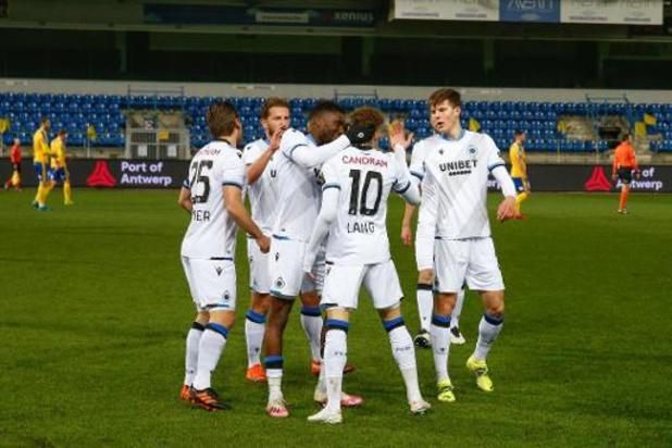 Jupiler Pro League - Club Brugge wint dankzij Lang bij Waasland-Beveren, Mechelen pakt late zege bij Cercle