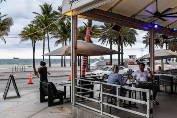 La Floride suspend la vente d'alcool dans les bars