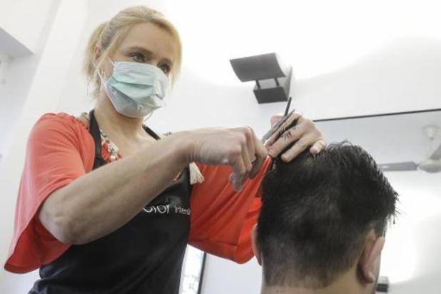 Coronavirus - Les coiffeurs exigent la fermeture de leur salon et mettent en demeure les autorités
