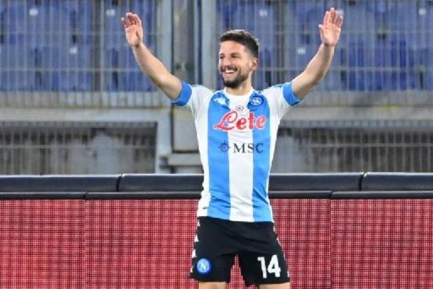 Mertens marque son 101e but en championnat pour Naples, difficile vainqueur de Crotone