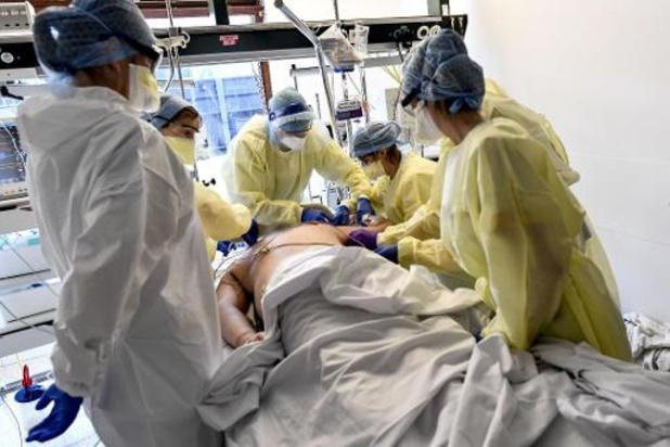 Dodental loopt op tot 2.240, maar aantal mensen in ziekenhuizen daalt