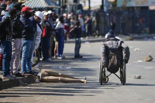 Al 32 doden bij protesten tegen opsluiting Zuid-Afrikaanse oud-president Zuma
