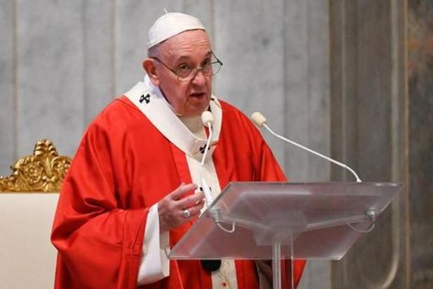 Le pape créé une nouvelle commission pour réfléchir aux femmes diacres