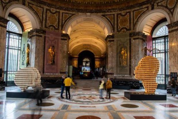 Gewezen paracommando's stellen AfricaMuseum in gebreke wegens standbeeld