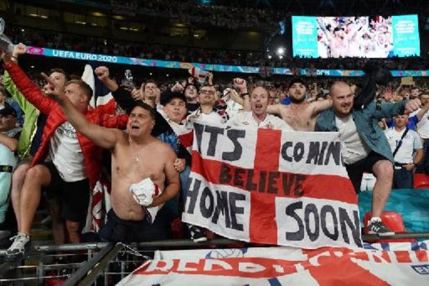 Milde geldstraf voor Engeland na ongeregeldheden in halve finales