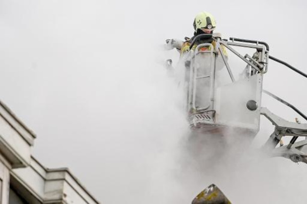 Een slachtoffer overleden na zware woningbrand in Anderlecht