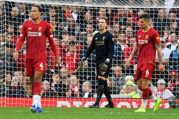 Belgen in het buitenland - Liverpool blijft foutloos dankzij late strafschoptreffer tegen Leicester