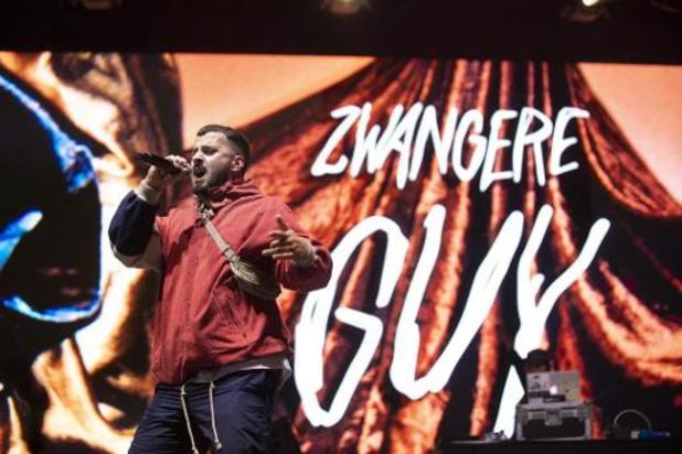 Zwangere Guy grand vainqueur aux Red Bull Elektropedia Awards