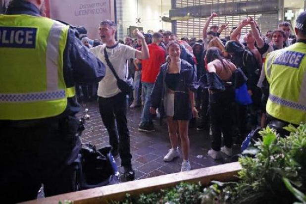 Londense politie pakt 49 mensen op na finale, 19 agenten raken gewond