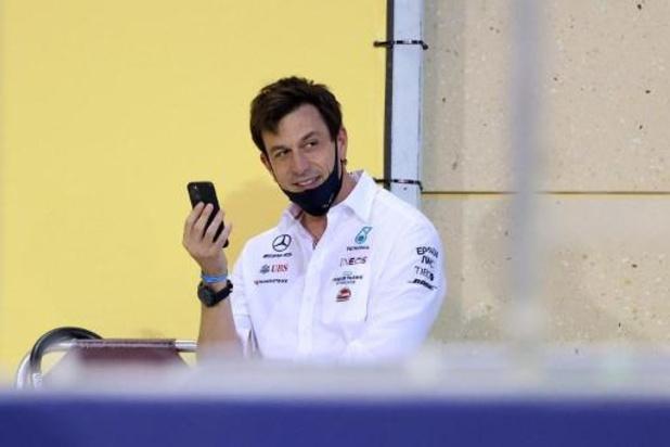 Teambaas Mercedes beslist in september wie zitje krijgt naast Hamilton