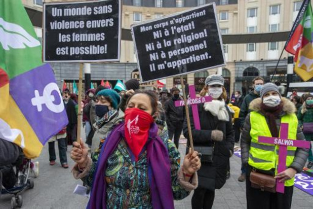 Betogers klagen in Brussel groeiend geweld tegen vrouwen aan