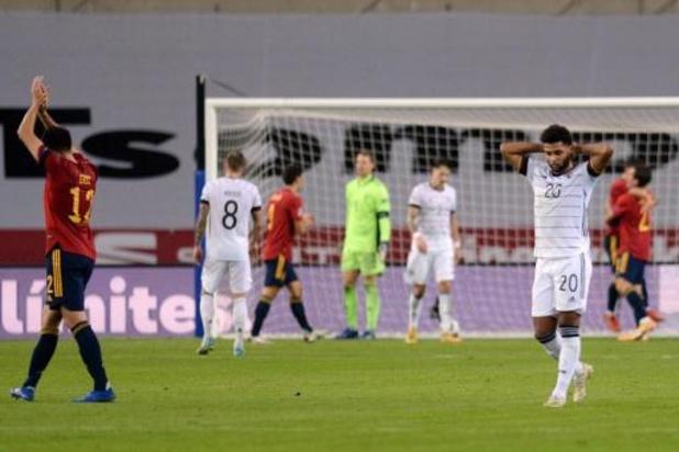 Duitse voetbalbond steunt bondscoach Löw ook na afstraffing