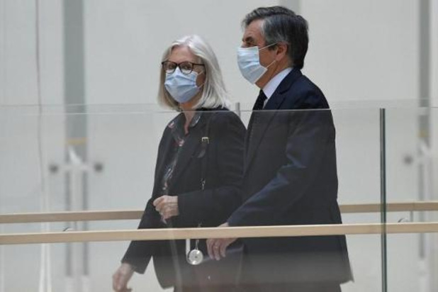 Emplois fictifs: le couple Fillon fait appel de sa condamnation