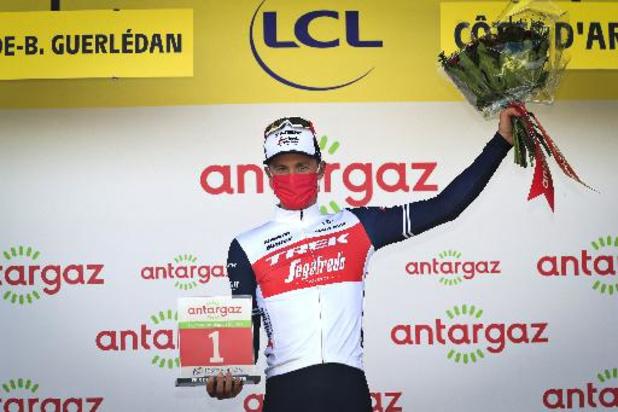 Tour de France - Edward Theuns krijgt Prijs van de Strijdlust