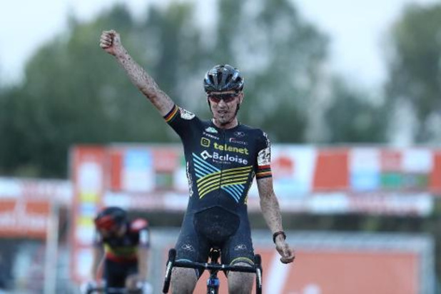 Poldercross - Toon Aerts wint Polderscross in Kruibeke, Thibau Nys wordt vijfde
