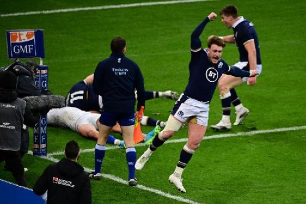 La France battue in extremis par l'Écosse, le pays de Galles triomphe