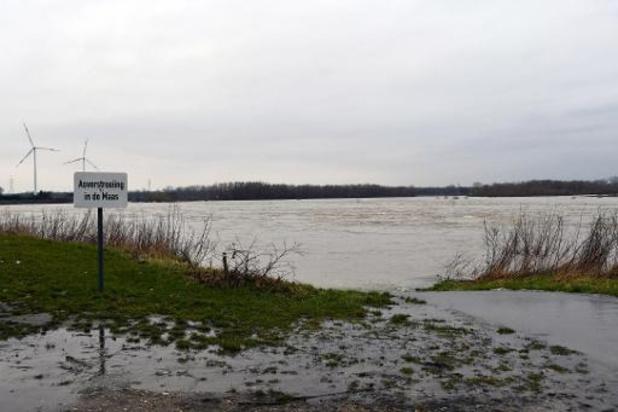 Waterpeil Maas en Albertkanaal gezakt, Heppeneert blijft kritiek
