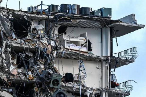 Un immeuble s'effondre en Floride: un mort, 51 disparus
