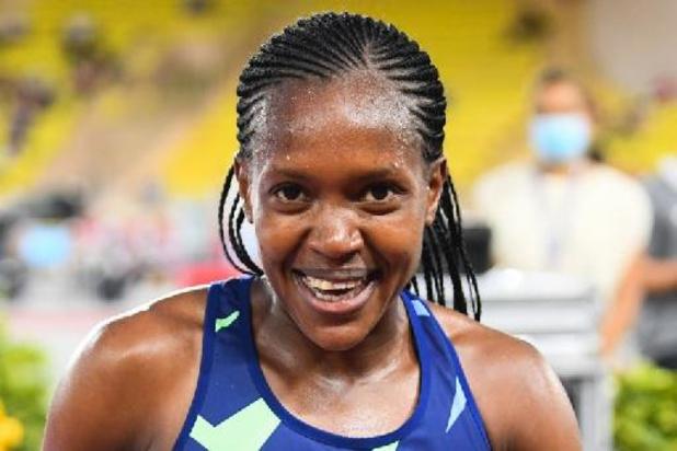 Diamond League Monaco - Faith Kipyegon klopt Sifan Hassan in 1.500 meter en strandt op zucht van wereldrecord
