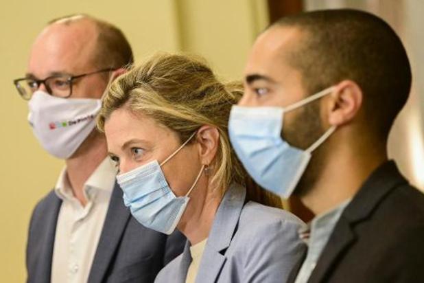"""Federaal regeerakkoord - CD&V kiest nieuwe ploeg, met Van Peteghem, Mahdi en """"wit konijn"""" Annelies Verlinden"""