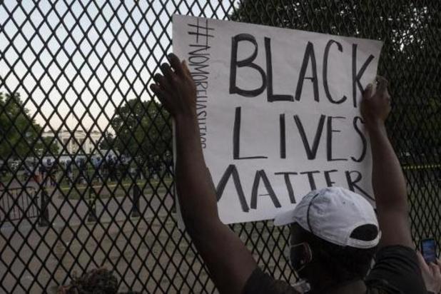 Politiegeweld tegen zwarte Amerikanen - Manifestanten aan Witte Huis negeren avondklok
