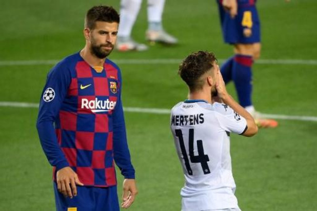 Champions League - Barcelona schakelt Napoli en Mertens uit, Bayern zet Chelsea opzij
