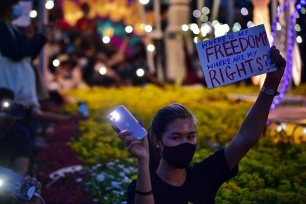 Thaïlande: une manifestation pro-démocratie réunit 10.000 personnes à Bangkok