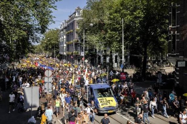 Coronavirus - Ruim 20.000 deelnemers aan betoging tegen coronamaatregelen in Amsterdam