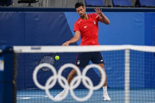 Djokovic, expéditif, passe tranquillement au 2e tour pour le JO