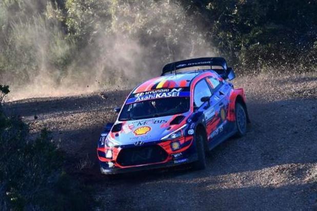 Dani Sordo en tête du Rallye de Sardaigne à la mi-journée, Thierry Neuville 5e