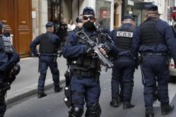 Attaque à Villejuif près de Paris: au moins deux blessés graves, l'assaillant tué