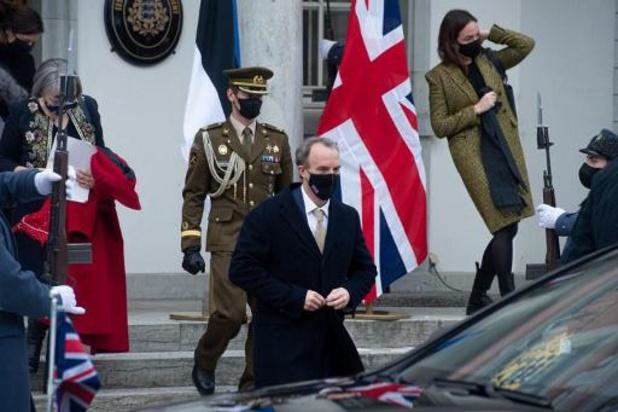Verenigd Koninkrijk kondigt sancties af tegen Syrische bondgenoten van Assad