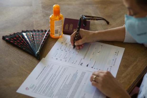 Papieren versie van Passenger Locator Form verdwijnt