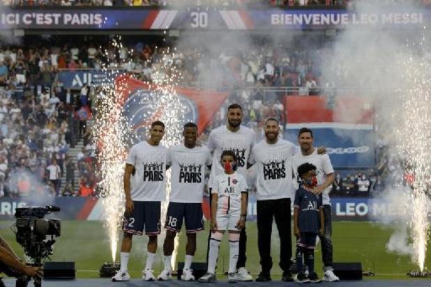 Belgen in het Buitenland - PSG wint tegen Straatsburg en Sels, applaus voor Messi, fluitconcert voor Mbappé