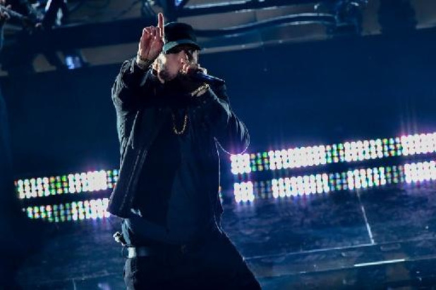 Dr. Dre, Eminem en Snoop Dogg treden op tijdens de Super Bowl