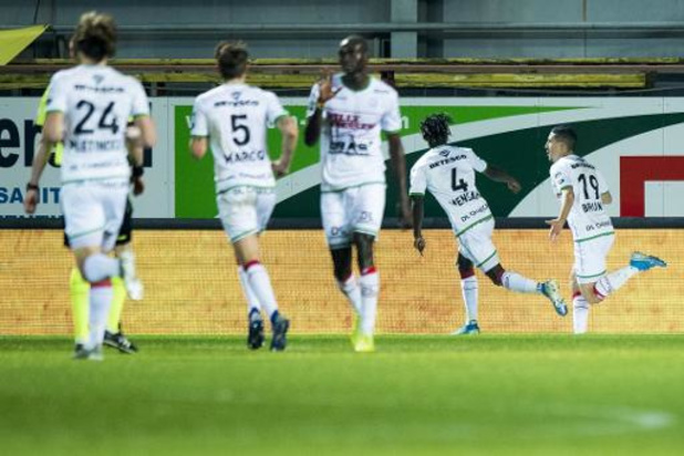 Jupiler Pro League - Zulte Waregem zet KVM een hak, geen winnaar in degradatieclash W-Beveren vs Cercle Brugge