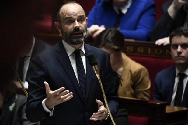 Franse regering trekt standaardleeftijd van pensioenering in nieuwe wet tijdelijk in