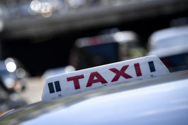 Brusselse taxichauffeurs vragen stopzetting van de activiteiten