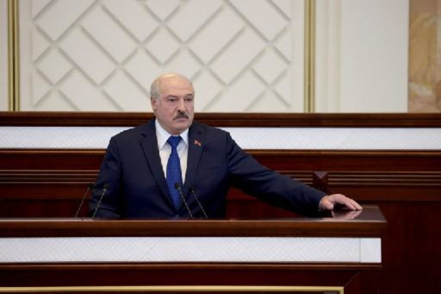 """Loekasjenko zegt dat Wit-Rusland """"legaal"""" heeft gehandeld door vliegtuig af te leiden"""