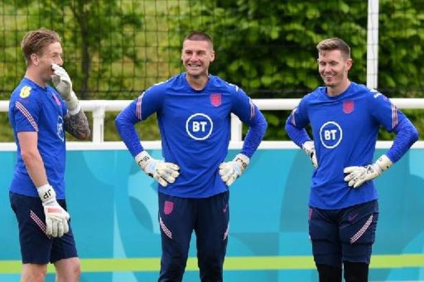 L'Angleterre remplace le gardien de but remplaçant Dean Henderson par Aaron Ramsdale
