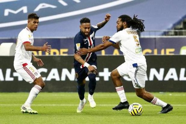 Belgen in het buitenland - Jason Denayer grijpt met Lyon nipt naast ligabeker