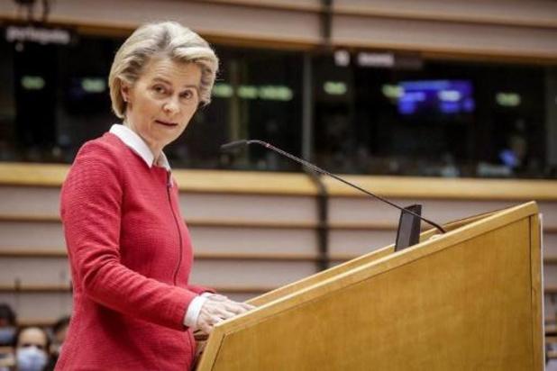 """Turkije verwerpt beschuldiging van seksisme na """"sofagate"""""""