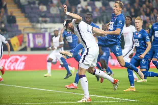 Jupiler Pro League - Anderlecht en Gent delen de punten na matige pot voetbal
