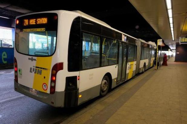 De Lijn betaalt 101 boetes voor vervuilende bussen in Brussel