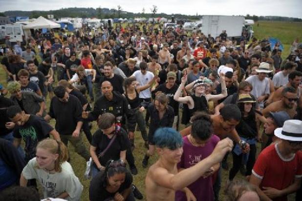 """L'évacuation de la rave-party en Bretagne """"est terminée"""", annonce le préfet"""