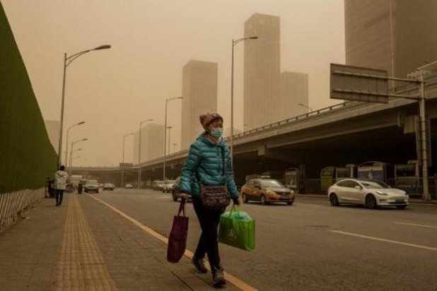 Tempête de sable et pollution: cocktail suffocant à Pékin