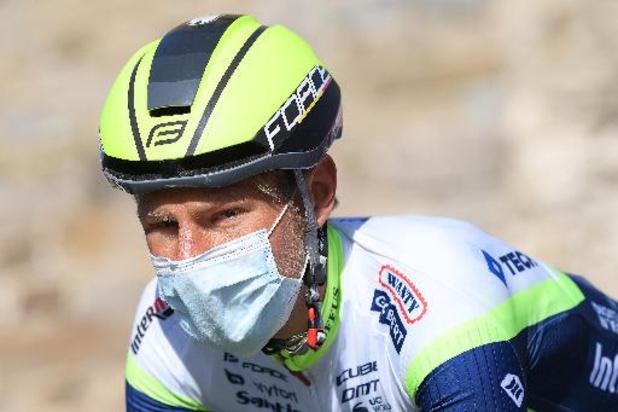 Le Néerlandais Taco Van der Hoorn surprend les sprinters et gagne la 3e étape du Tour d'Italie