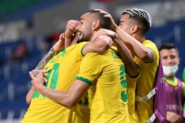 Brazilië en Mexico blijven op medaillekoers in het voetbal