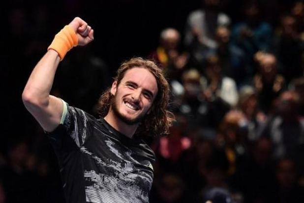 Stefanos Tsitsipas houdt Roger Federer uit finale ATP Finals