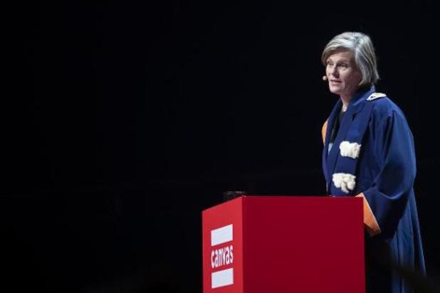 L'ULB clôture son année en remettant à Caroline Pauwels le titre de Docteure Honoris Causa